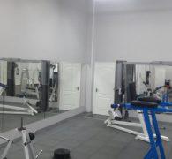 Зеркала в спорт зале